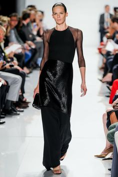 See all the Collection photos from Ralph Rucci Spring/Summer 2014 Ready-To-Wear now on British Vogue Runway Fashion, High Fashion, Fashion Show, Fashion Design, Karl Lagerfeld, Vogue, Color Negra, Beautiful Gowns, Dress To Impress