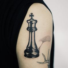 : Chess king . @tattooist_doy