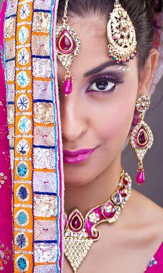 Women of India - http://womenofindia.tumblr.com/post/28616231520