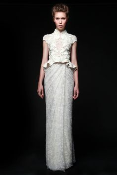 Modern bridal cheongsam.. The bodice and peplum details are so pretty