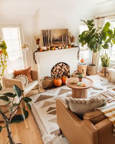 Fall Home Decor, Autumn Home, New Darlings, Framed Tv, Decoration, Room Decor, Living Room, Table, Mantle Ideas