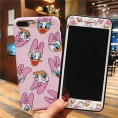 Pretty Iphone Cases, Iphone Cases Disney, Cute Phone Cases, Disney Girl Characters, Duck Cartoon, Iphone Accessories, New Phones, Disney Girls, Iphone Models