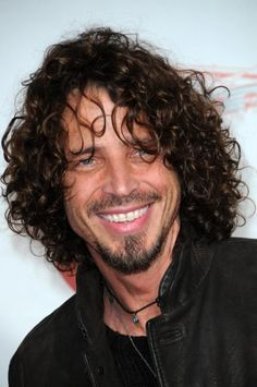 Chris Cornell at the 2009 Musicares Person of the Year Gala. Los Angeles Convention Center, Los Angeles, CA. Hairstyles For Teenage Guys, Popular Hairstyles, Short Hairstyles, Chris Cornell Thank You, Say Hello To Heaven, Most Beautiful Man, Beautiful Smile, Beautiful People, Absolutely Gorgeous