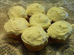 Low carb lemon cupcakes