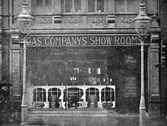 Originally the Alliance and Gas Companies Showrooms, later the Dublin Gas Company. Later still it was part of the Woolworths store next door. Demolished in the along with two neighbouring buildings to be replaced by a new store for F. Dublin Street, Dublin City, Old Pictures, Old Photos, Picture Company, Grafton Street, Gas Company, Photo Engraving, Ireland Homes