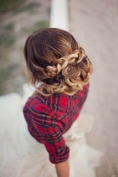 Love the hair but I'm also loving the country girl plaid wedding style.