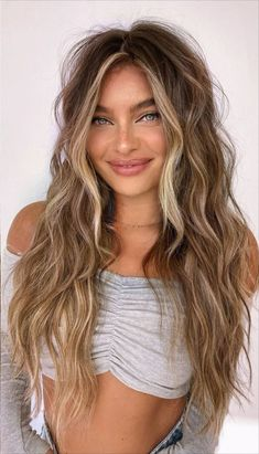 Brown Hair Balayage, Blonde Hair With Highlights, Brown Blonde Hair, Light Brown Hair, Brunette Hair, Blonde Honey, Honey Balayage, Medium Blonde, Brunette Color