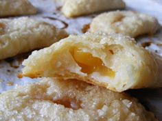 The Virtual Goody Plate: Peach Hand Pies (and how they taught my kids about Twinkies)