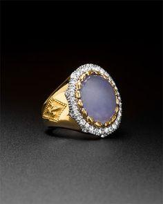 Scott Kay gorgeous in gold! #ring #fashion #diamonds