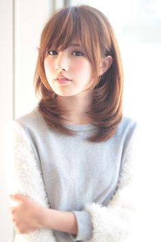 Beautiful girls and Sexy Babes!hot women Share the beauty and love. Short Hair With Bangs, Hairstyles With Bangs, Girl Hairstyles, Medium Hair Styles, Short Hair Styles, Beautiful Japanese Girl, Japanese Hairstyle, Japanese Haircut, Asian Hair