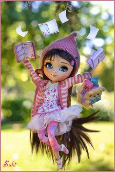 Summer Vacations YAY!!! | por Suki♥ Beautiful Barbie Dolls, Pretty Dolls, Cute Dolls, Cute Kids Pics, Fairy Figurines, Doll Repaint, Ball Jointed Dolls, Doll Face, Miniature Dolls