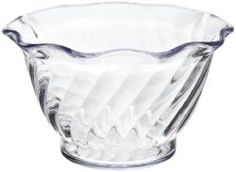 Glass dessert bowls really do desserts justice. Have a look through this collection of glass dessert bowls including mini-bowls and glasses. Glass Dessert Bowls, Dessert Dishes, Great Desserts, Carlisle, Punch Bowls, Serving Bowls, Tulip, Sweet Home, Tableware