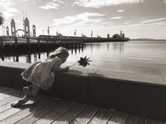 Beautiful day in #Geelong #creatingmemories #childhood #waterfront #cunninghampier by fernemillenphotography http://ift.tt/1JtS0vo