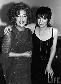 """elizabitchtaylor: """"She's a cool chick and she knows how to party""""- Liza Minnelli on Elizabeth Taylor """"She's a cool chick and she knows how to party""""- Elizabeth Taylor on Liza Minnelli Elizabeth Taylor, Elizabeth Friends, Miss Elizabeth, Hollywood Actor, Classic Hollywood, Old Hollywood, Liza Minnelli, Judy Garland, Most Beautiful Women"""
