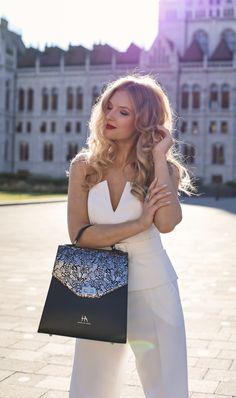 #orovicafashion #annahodlikbag #summervibes Summer Events, Enjoying The Sun, Timeless Fashion, Summer Vibes, Womens Fashion, Dresses, Design, Style, Vestidos