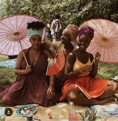 Black girl magic vogue uploaded by 𝓉𝓎𝓁𝑒𝓇 on We Heart It Beautiful Black Girl, Black Girl Art, Black Girls Rock, Black Girl Magic, Turbans, Afro, Black Girl Aesthetic, Pelo Natural, Brown Skin Girls