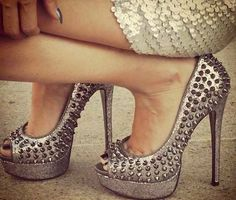 Do you ever see heels and wonder how tall you would be with them on?... Well I do!!!