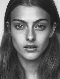 Next / Lone Praesto Art Photography Portrait, Face Photography, Photography Women, Portrait Art, Beauty Portrait, Female Portrait, Face Proportions, Portrait Sketches, Model Face