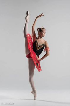 Jessica Lauren Kinnaman, Akhmedova Ballet Academy