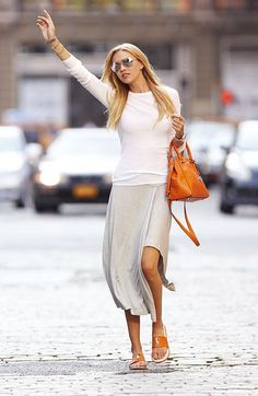 Love this easy comfy look & the orange pop is great