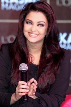 Aishwarya Rai Bachchan burgundy hair color