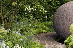 Cleve West, Kert tervező, Landscape Design, Díjnyertes, BUPA Kert, Les Botta, beton asztal