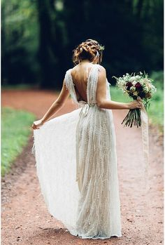 #callmemadame #weddingdress #lace