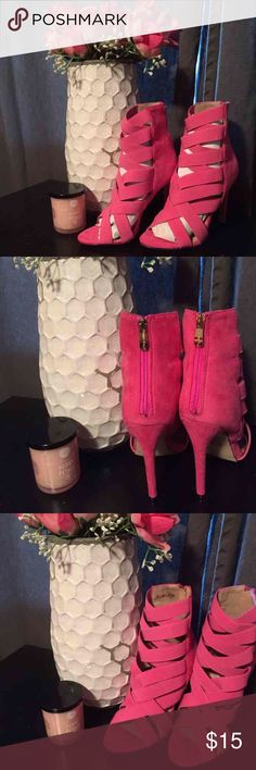 NWOT Pink fashion nova booties Theses booties are Brand new from fashion nova. They are pink velvet material. Where the toes are is elastic to make it easy to put on and take off. They do feature a hold zipper in the back They are a size 7 and have a 4in heal 💁🏼.                           Let me know if you have any questions!  Check out my closet I do bundle deals !🎉🎉 Happy shopping Fashion Nova Shoes Ankle Boots & Booties