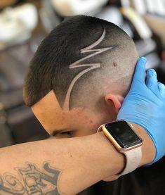 New Haircut Masculino Classico Ideas Haircuts For Wavy Hair, Black Men Haircuts, Round Face Haircuts, Boy Hairstyles, Haircut Designs For Men, Hair Designs For Boys, Mens Hair Designs, Haare Tattoo Designs, Undercut Hair Designs