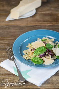 Veganpassion: Vegane Parmesanspätzle mit Spinat