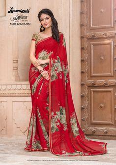 Impress all with your amazing traditional look by draping this Red that earn you loads of plaudits from onlookers. Laxmipati Sarees, Phulkari Saree, Kasavu Saree, Georgette Sarees, Bandhini Saree, Velvet Saree, Saree Shopping, Casual Saree, Dubai Fashion