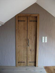 double swing door Source by Door Dividers, Double Swing, Dressing Room Design, Inside Doors, Door Canopy, Foyer Decorating, Breezeway, Closet Bedroom, Home Reno