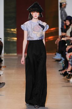 Beautiful sleeves. | Tsumori Chisato | Spring 2014 Ready-to-Wear Collection | Style.com