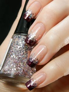 Glitter nail art designs have become a constant favorite. Almost every girl loves glitter on their nails. Have your found your favorite Glitter Nail Art Design ? Beautybigbang offer Glitter Nail Art Designs 2018 collections for you ! French Manicure Nails, French Tip Nails, French Pedicure, Manicure Ideas, French Manicure With Glitter, Dark Nails With Glitter, Shiny Nails, Nagellack Design, Gel Nail Art Designs