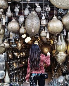 Love to wander around the Medina in Marrakech 🕌Magical things could be discoverd at the souks. Still looking for that flying carpet!…