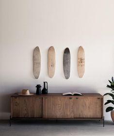 Interior Decorating, Interior Design, Living Room Art, Long Weekend, Interior Inspiration, Floating Shelves, Something To Do, New Homes, Sculpture