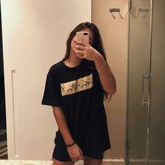 Cute Girl Photo, Girl Photo Poses, Girl Photography Poses, Girl Photos, Girl Pics, Fake Tumblr, Tumblr Girls, Foto Casual, Fake Girls
