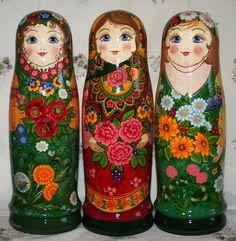 "Матрешки-футляры ""Три девицы"" Matryoshka Doll, Russian Art, Bottle Holders, Cute Dolls, Moscow, Folk, Antiques, Handmade, House"
