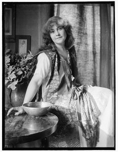 """Rose O'Neill (1874-1944), in a photo circa 1907. She began her career as a illustrator in the 1880s, a child prodigy whose work began appearing in newspapers and magazines when she was only 13. She went on to join the staff of """"Ladies' Home Journal"""" and """"Puck."""" Considered the first female cartoonist, her Kewpie character, invented for LHJ, became world famous as the Kewpie doll."""
