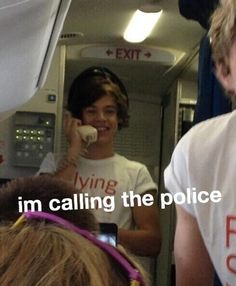 Read Harry memes from the story �Harry Styles Imagines� by (�NiCoLE�) with reads. Really Funny Memes, Cute Memes, Stupid Funny Memes, Funny Relatable Memes, Harry Styles Memes, Harry Styles Pictures, One Direction Humor, One Direction Pictures, Response Memes