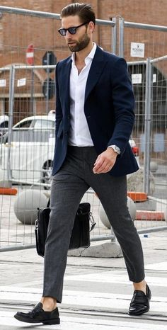 Smart casual outfit idea with a white button up shirt with a navy blazer gray trousers no show socks black penny loafers silver watch black leather messenger bag. Fashion Business, Business Casual Men, Business Outfits, Suits Outfits, Blazer Outfits Men, Work Outfits, Blue Outfits, Work Outfit Men, Navy Blazer Men