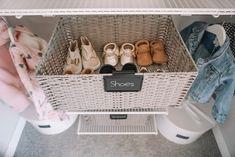 Blair's Closet and Organization Reveal – Karlie Rae Lang Baby Drawer Organization, Nursery Closet Organization, Organization Ideas, Acrylic Drawer Organizer, Nursery Modern, Modern Nurseries, Girl Nurseries, Closet Collection, Baby Room Design