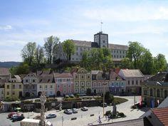 KulturLeben - Stadtgemeinde Weitra - Niederösterreich Mansions, House Styles, Places, Travel, Home Decor, Event Calendar, Communities Unit, Tourism, Woods
