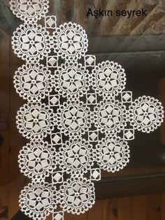 Dantel modelleri Crochet Placemats, Crochet Quilt, Crochet Chart, Crochet Motif, Crochet Stitches, Tatting Tutorial, Bridal Shower Centerpieces, Crotchet Patterns, Lace Table Runners