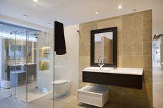 DURAN-Exposición mampara y mobiliario baño