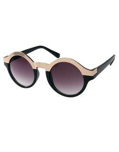 ASOS- sunglasses 17,06€