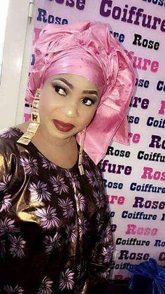 Malian Fashion bazin #Malifashion #Malianfashion #bazin #Africanfashion #Westafricanfashion #Mali #Bamako #malianwomenarebeautiful #dimancheabamako #mussoro #malianwedding #bazinriche #malianbride #lesmaliennesontbelles #lesafricainessontbelles #brodé #brocade #teinture #gala #waxoutfits #ankara #dalifini #vlisco #getzner #lesmaliennesontbelles African Wear, African Women, African Dress, Latest African Styles, African Traditions, Maxi Outfits, Ghanaian Fashion, Africa Fashion, Traditional Wedding