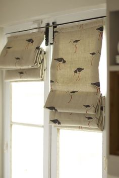 Blind in Emily Bond Oyster Catcher linen