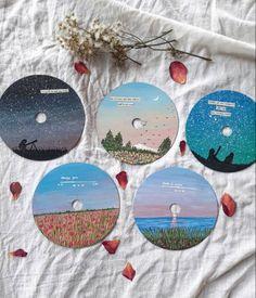 Cd Wall Art, Cd Artwork, Vinyl Record Art, Vinyl Art, Diy Painting, Painting & Drawing, Mini Canvas Art, Cool Art Drawings, Creations