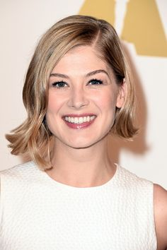 Rosamund Pike attends the 87th Annual Academy Awards Nominee Luncheon at The Beverly Hilton Hotel on February 2, 2015 in Beverly Hills, California.